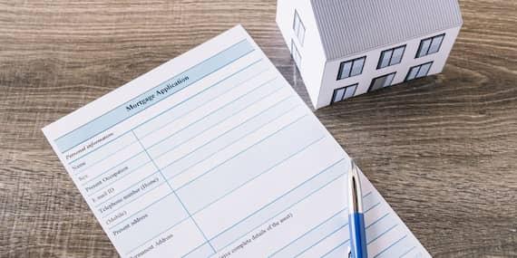 Recepción de una oportunidad de inversión inmobiliaria